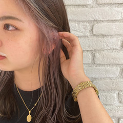 インナーカラー インナーカラーパープル フェミニン 前髪インナーカラー ヘアスタイルや髪型の写真・画像