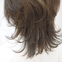 ミディアム ウルフカット モード 透明感カラー ヘアスタイルや髪型の写真・画像