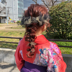 ベリーピンク ガーリー 簡単ヘアアレンジ ヘアアレンジ ヘアスタイルや髪型の写真・画像