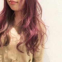 グラデーションカラー ミディアム ピンク 外国人風 ヘアスタイルや髪型の写真・画像