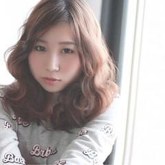ピンク 外国人風 ベージュ ゆるふわ ヘアスタイルや髪型の写真・画像