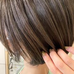 ショートボブ ナチュラル ハイライト 艶髪 ヘアスタイルや髪型の写真・画像
