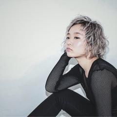 モード パーマ 渋谷系 アッシュ ヘアスタイルや髪型の写真・画像