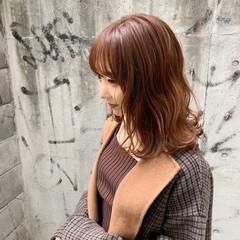 ミディアム オレンジカラー ナチュラル 秋冬スタイル ヘアスタイルや髪型の写真・画像