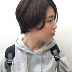 大人かわいい アウトドア スポーツ ナチュラル ヘアスタイルや髪型の写真・画像