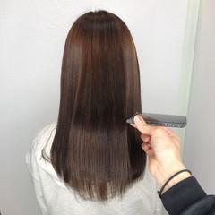 ロング 髪質改善トリートメント バレイヤージュ ストレート ヘアスタイルや髪型の写真・画像