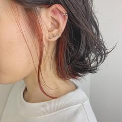 インナーカラー インナーピンク インナーカラーオレンジ インナーカラーレッド ヘアスタイルや髪型の写真・画像