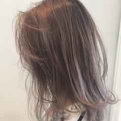 ストリート ブルージュ アッシュ くせ毛風 ヘアスタイルや髪型の写真・画像