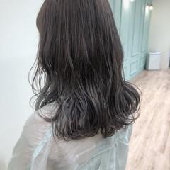 ナチュラル ブリーチ ブリーチカラー セミロング ヘアスタイルや髪型の写真・画像