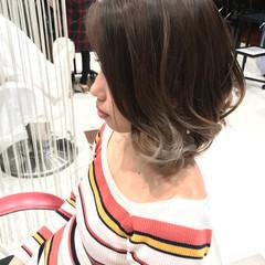 ボブ グラデーションカラー かっこいい ツートン ヘアスタイルや髪型の写真・画像