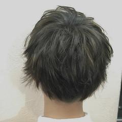 ハイトーン メンズ 束感 ウルフカット ヘアスタイルや髪型の写真・画像