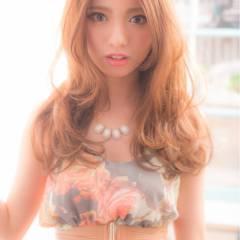 ゆるふわ 大人かわいい ナチュラル 外国人風 ヘアスタイルや髪型の写真・画像