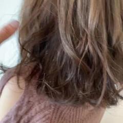 透明感カラー 簡単スタイリング 大人可愛い ゆるふわ ヘアスタイルや髪型の写真・画像