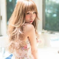 大人かわいい フェミニン アッシュ ロング ヘアスタイルや髪型の写真・画像