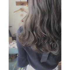 アッシュ ハイライト セミロング 外国人風カラー ヘアスタイルや髪型の写真・画像