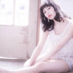 フェミニン ミディアム 春 コンサバ ヘアスタイルや髪型の写真・画像