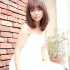 モテ髪 ゆるふわ ミディアム フェミニン ヘアスタイルや髪型の写真・画像