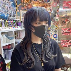 ストリート ブルーブラック アッシュ ウルフカット ヘアスタイルや髪型の写真・画像