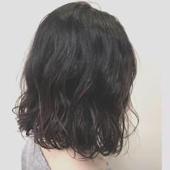 ボブ ナチュラル可愛い パーマ オフィス ヘアスタイルや髪型の写真・画像