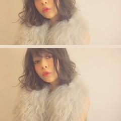 暗髪 甘辛MIX アッシュ 外国人風 ヘアスタイルや髪型の写真・画像