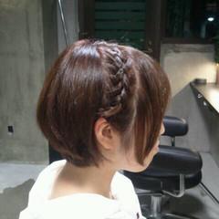アッシュ ガーリー パーマ 簡単ヘアアレンジ ヘアスタイルや髪型の写真・画像