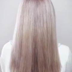 プラチナブロンド ロング ブロンドカラー ハイトーン ヘアスタイルや髪型の写真・画像