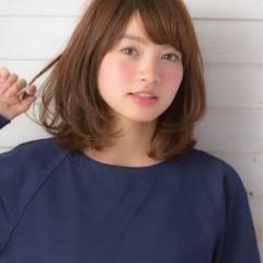 ミディアム フェミニン 大人かわいい 卵型 ヘアスタイルや髪型の写真・画像
