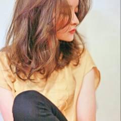 ミディアム ナチュラル パーマ 大人かわいい ヘアスタイルや髪型の写真・画像