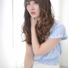 ロング 大人かわいい 外国人風 ブラウン ヘアスタイルや髪型の写真・画像
