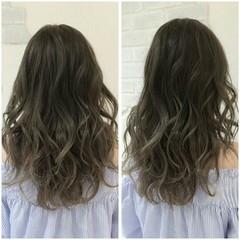 グラデーションカラー アッシュ グレージュ セミロング ヘアスタイルや髪型の写真・画像