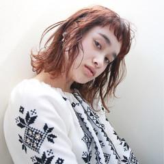 外国人風 ショートバング ストリート ウェーブ ヘアスタイルや髪型の写真・画像