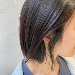 インナーカラー 切りっぱなしボブ ボブ マット ヘアスタイルや髪型の写真・画像