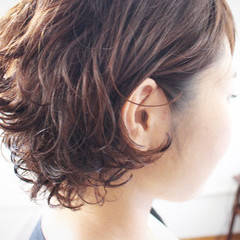 ショートボブ ゆるふわ ボブ パーマ ヘアスタイルや髪型の写真・画像