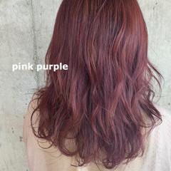 ピンクラベンダー セミロング ダブルカラー ラズベリーピンク ヘアスタイルや髪型の写真・画像
