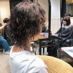 マッシュウルフ ストリート ウルフカット カジュアル ヘアスタイルや髪型の写真・画像
