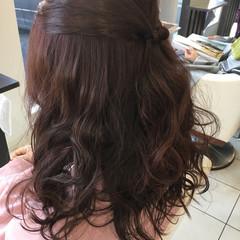 外国人風 セミロング 暗髪 ヘアアレンジ ヘアスタイルや髪型の写真・画像
