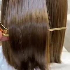 ナチュラル アッシュ 切りっぱなしボブ 艶髪 ヘアスタイルや髪型の写真・画像