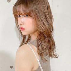 ゆるふわパーマ シアーベージュ セミロング デジタルパーマ ヘアスタイルや髪型の写真・画像