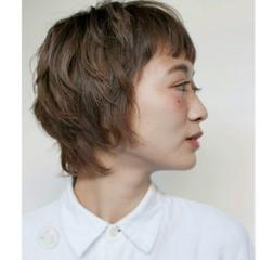 ハイライト ストリート アッシュ ショート ヘアスタイルや髪型の写真・画像