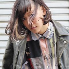 暗髪 インナーカラー ストレート ストリート ヘアスタイルや髪型の写真・画像