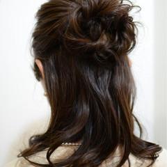 ミディアム ハーフアップ 結婚式 ヘアアレンジ ヘアスタイルや髪型の写真・画像