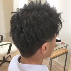 ナチュラル 刈り上げ 束感 メンズショート ヘアスタイルや髪型の写真・画像