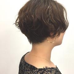 ショートボブ ショートヘア ナチュラル 小顔ショート ヘアスタイルや髪型の写真・画像