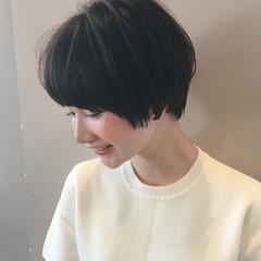 前髪あり 小顔 ショート 大人女子 ヘアスタイルや髪型の写真・画像