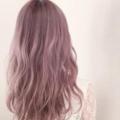 ハイトーン ホワイト 透明感 ラベンダー ヘアスタイルや髪型の写真・画像