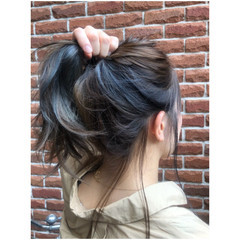 インナーカラー 3Dカラー ロング 大人女子 ヘアスタイルや髪型の写真・画像