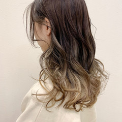 春ヘア ナチュラル インナーカラー ベージュ ヘアスタイルや髪型の写真・画像