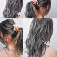 ハイライト ロング グレージュ ストリート ヘアスタイルや髪型の写真・画像