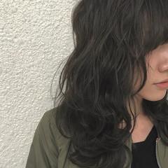 セミロング デート 冬 オフィス ヘアスタイルや髪型の写真・画像