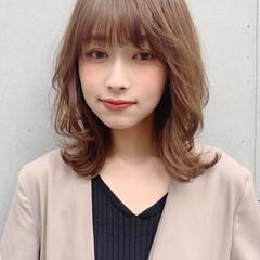 ミディアム デジタルパーマ 大人ミディアム ひし形シルエット ヘアスタイルや髪型の写真・画像